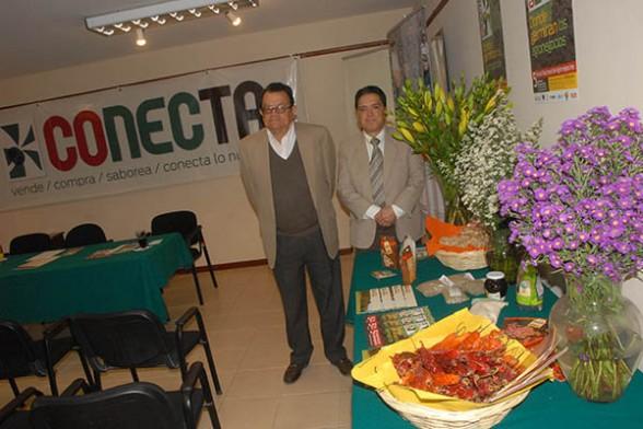 Muestran productos a ser comercializados en la Rueda de Agronegocios Conecta. Fuente: Daniel James Los Tiempos
