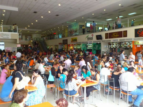 fidalga-shopping-patio-de-comidas