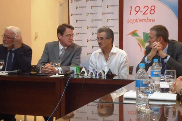 UE ratifica lazos comerciales con Bolivia en la Expocruz./ Los Tiempos