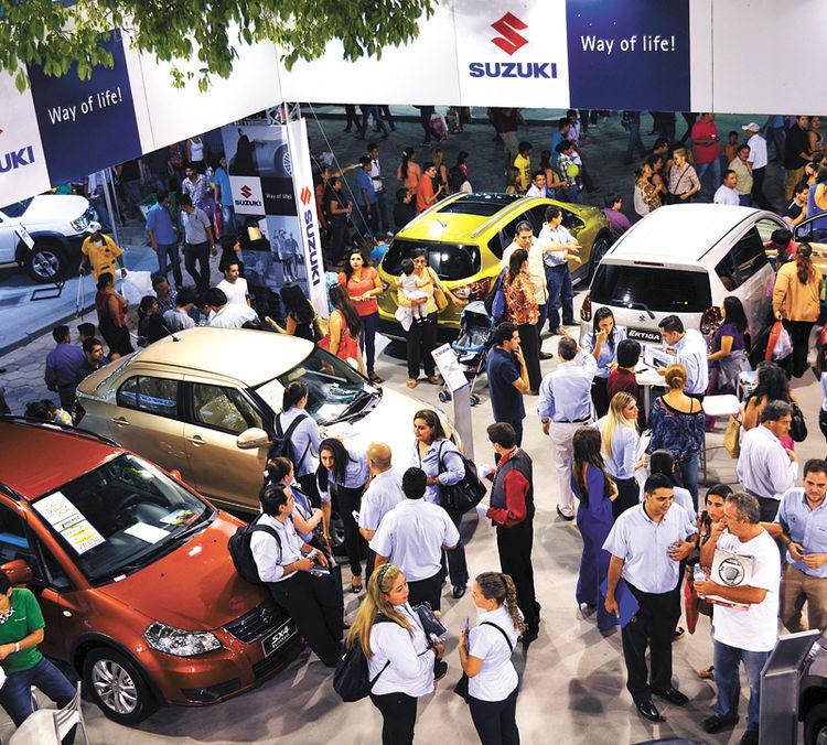 La Expocruz muestra los últimos modelos de automóviles./La Razón