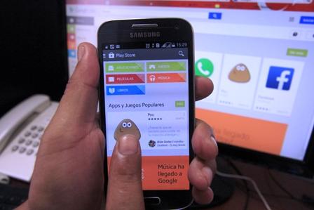 Innovación. Las empresas están volcándose en el uso de las aplicaciones para mejorar sus servicios./Foto El Día
