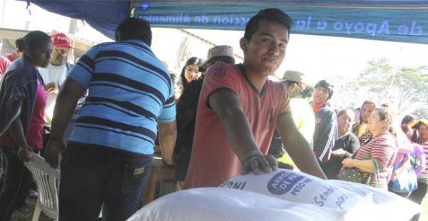 El programa Precio Justo busca regular los precios de los alimentos y descongestionar los centros de abastecimientos del país./Fuente El Deber