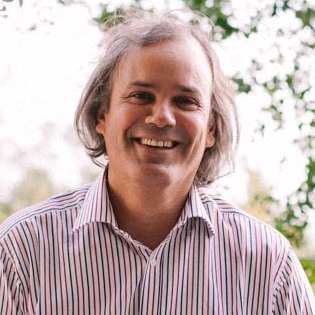 José Miguel Benavente, Jefe de la División de Competitividad e Innovación del BID