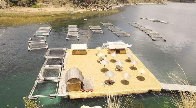 Criadero de truchas en el Lago Titicaca, otro de los destinos turísticos de Boltur./ Fuente Página Siete