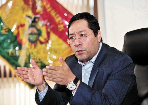 El ministro de Economía y Finanzas Públicas, Luis Arce, habla del 6% de las utilidades de los bancos que irán destinados a dos fondos./ Fuente La Razón