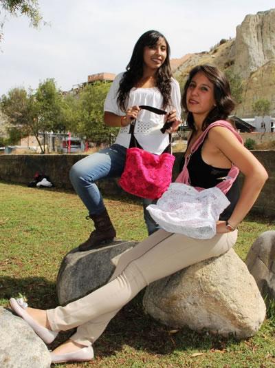 Alejandra y Adriana1